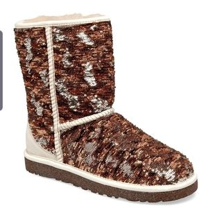Ugg boots reversible champagne sequins sz 6